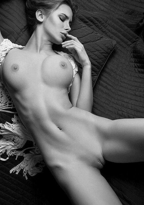 красивое женское тело без всего одежды (14)