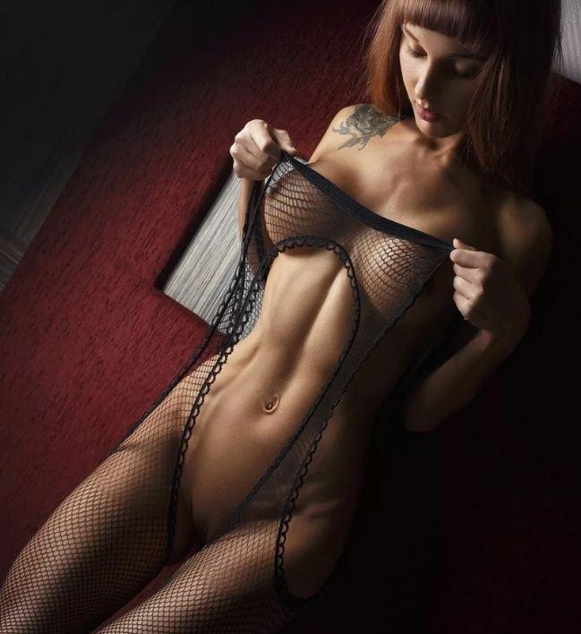 красивое женское тело без всего одежды (17)