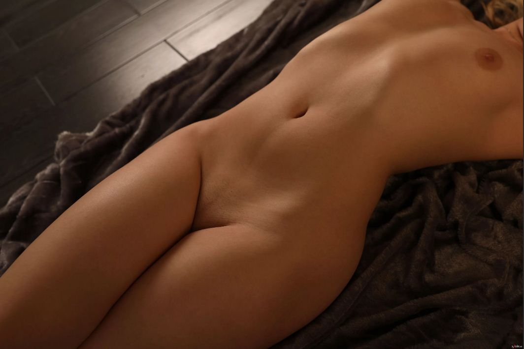 красивое женское тело без всего одежды (20)