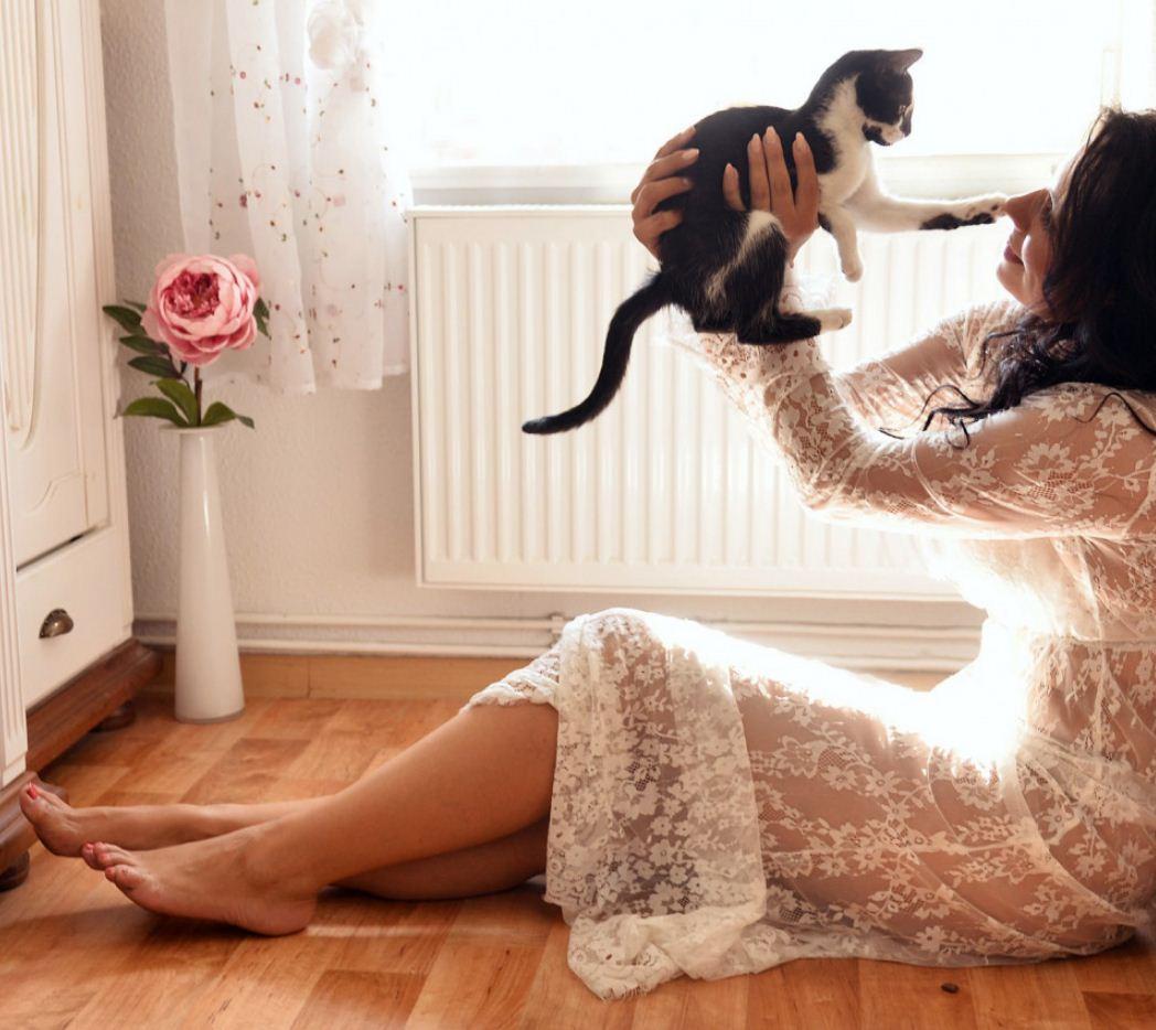 Обычные девушки фото в домашних условиях (20)