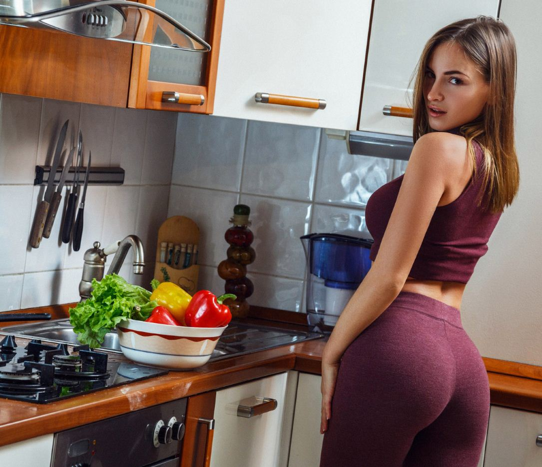 Обычные девушки фото в домашних условиях (22)