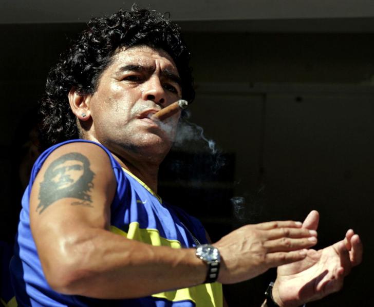 Диего Армандо Марадона (2)
