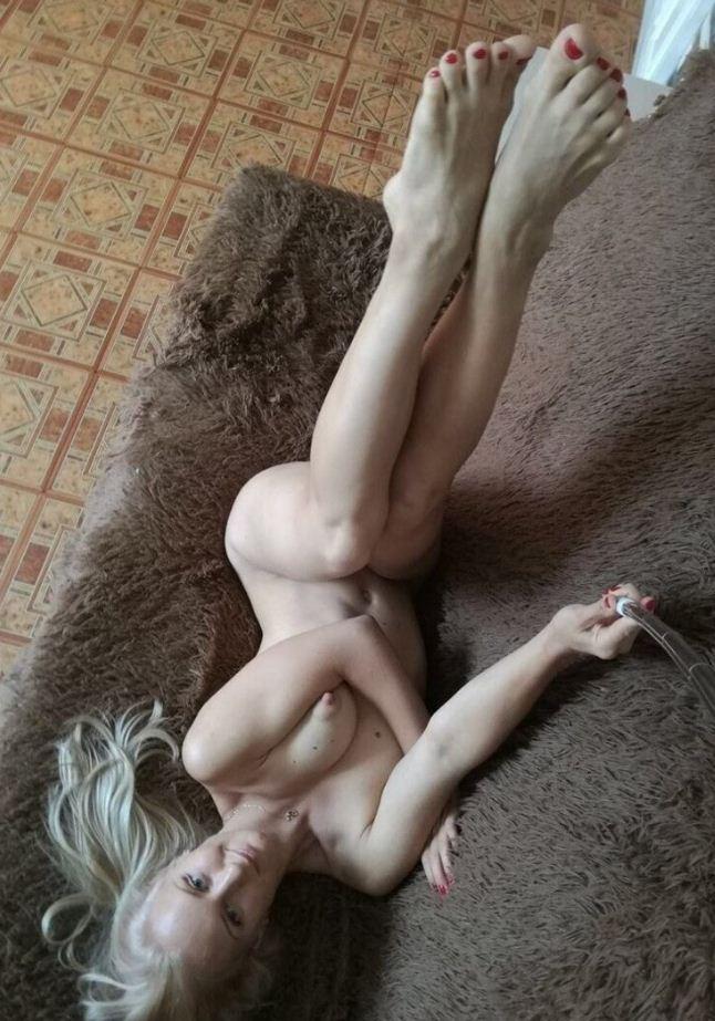 Красивые голые девушки (18)
