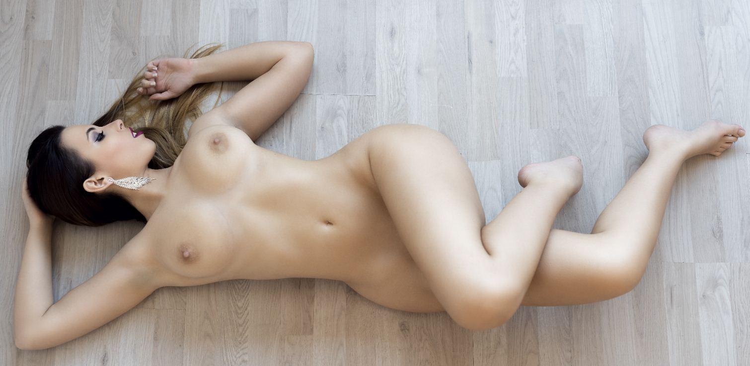 Фото девушек без одежды (11)