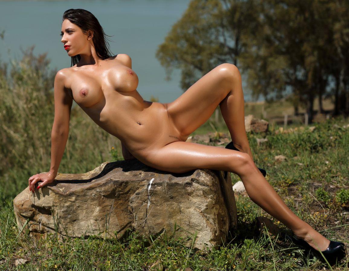 Фото девушек без одежды (22)