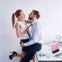 Влюбилась в начальника, а он «поматросил и бросил». Краткий рассказ о любви