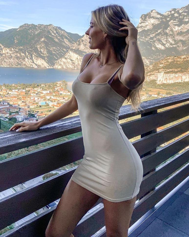девушки в платьях фото (19)