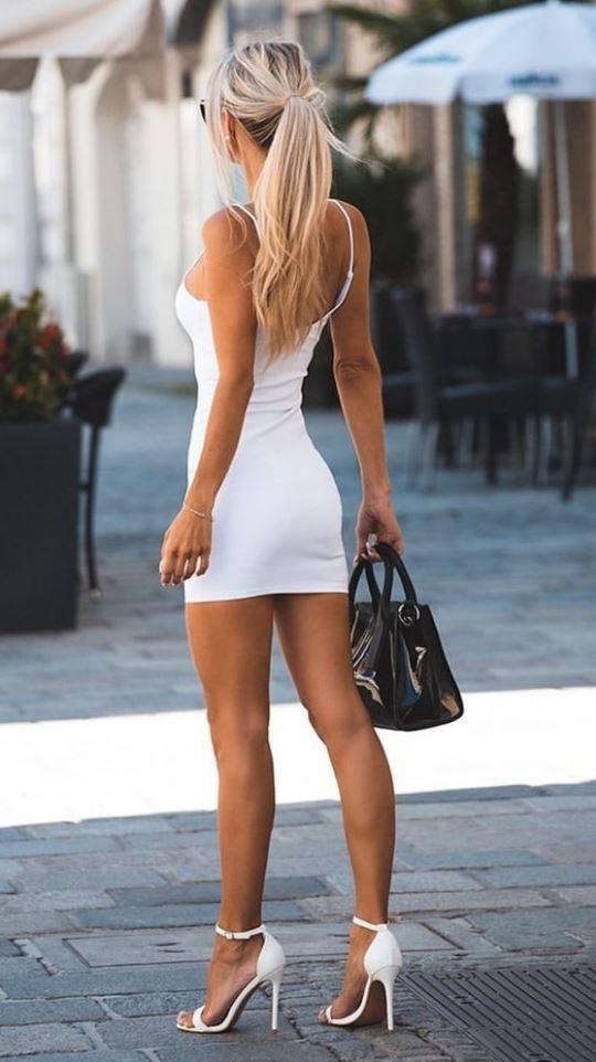 девушки в платьях фото