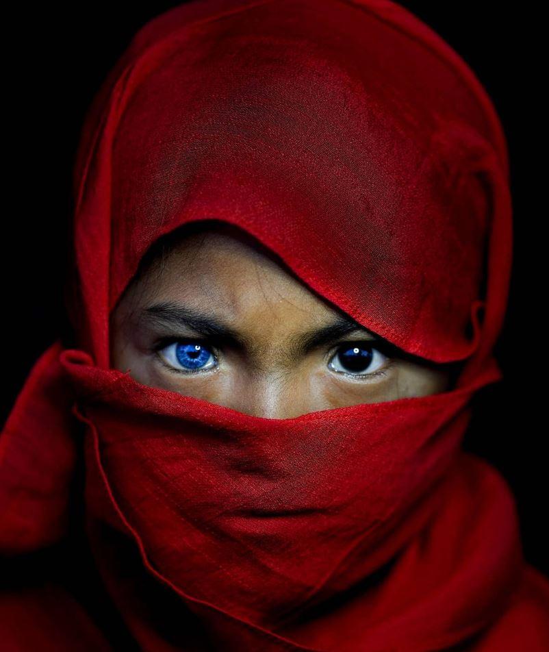 Голубые глаза у людей (3)