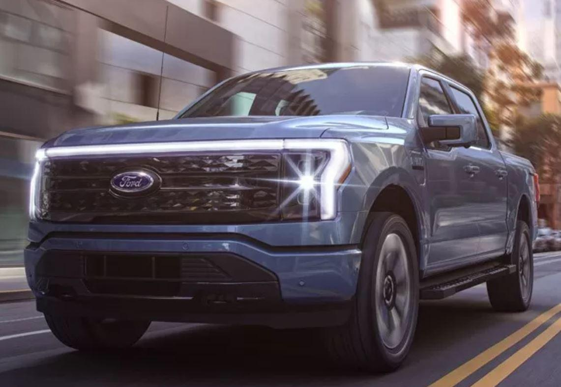 Новый Ford F-150 автомобиль-электростанция на 10 киловатт
