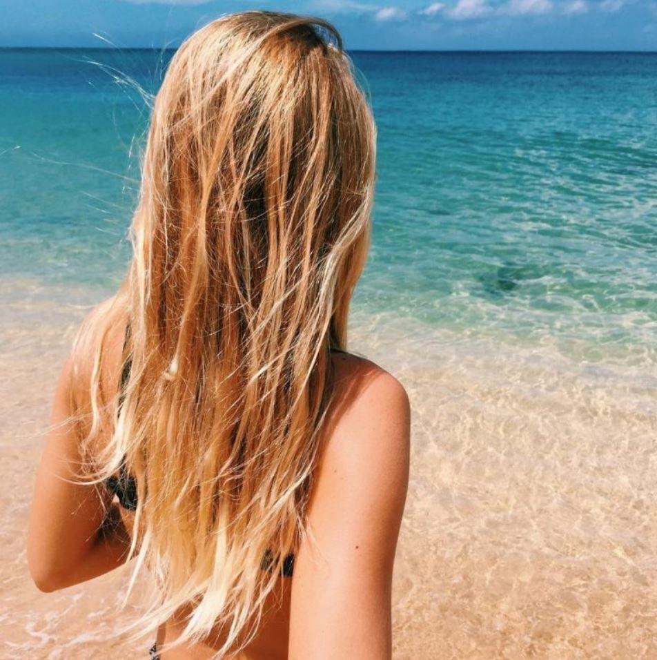 Фото девушек со спины (10)