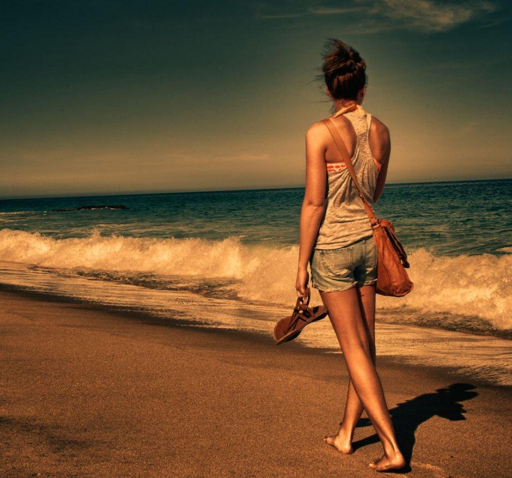 Фото девушек со спины