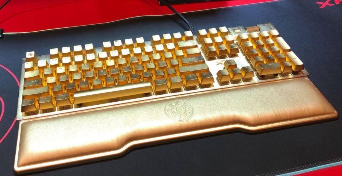 фото клавиатуры компьютера